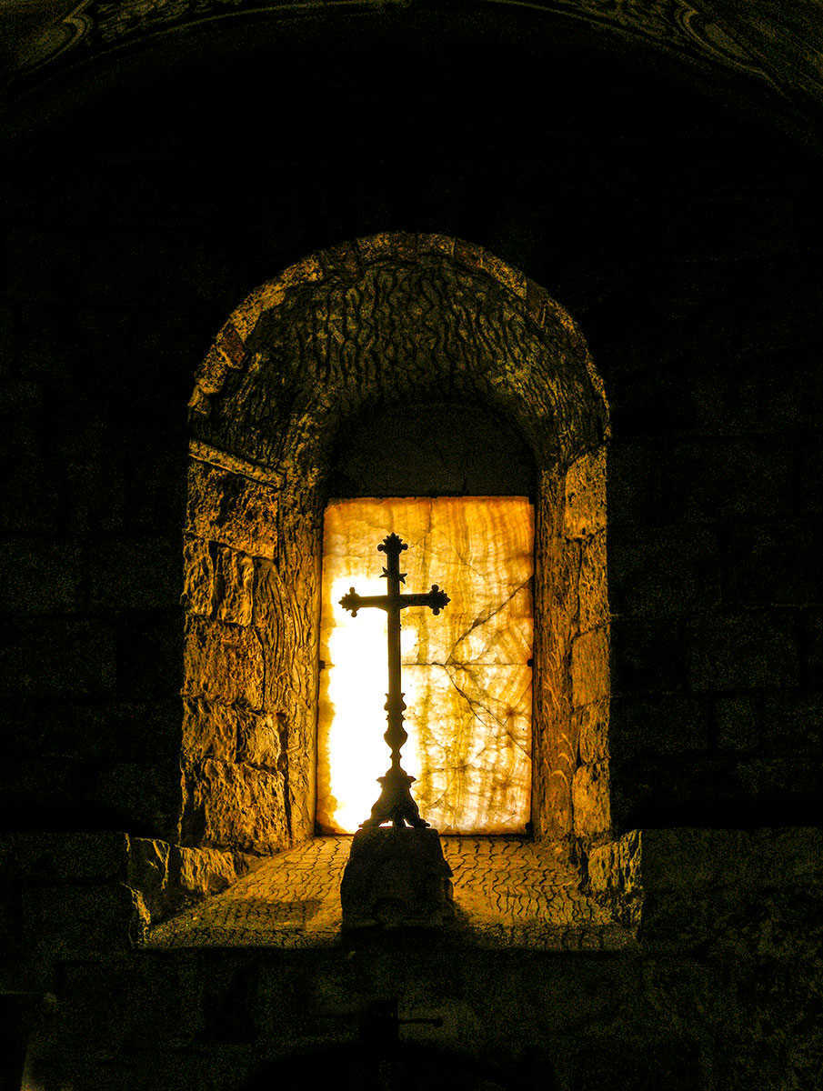 CROSS IN THE CRYPT