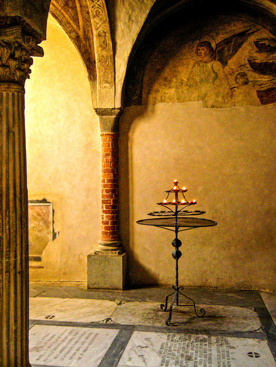 LIGHT IN THE CRYPT