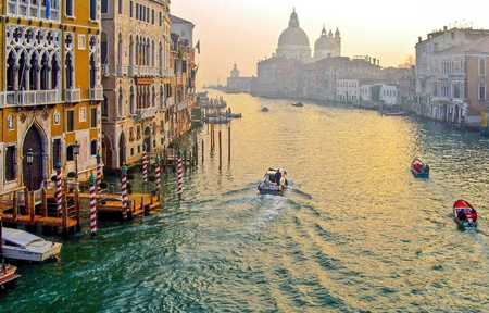 MORNING LIGHT GRAND CANAL VENICE