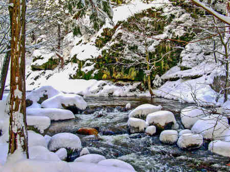 WINTER RIVER SIERRAS
